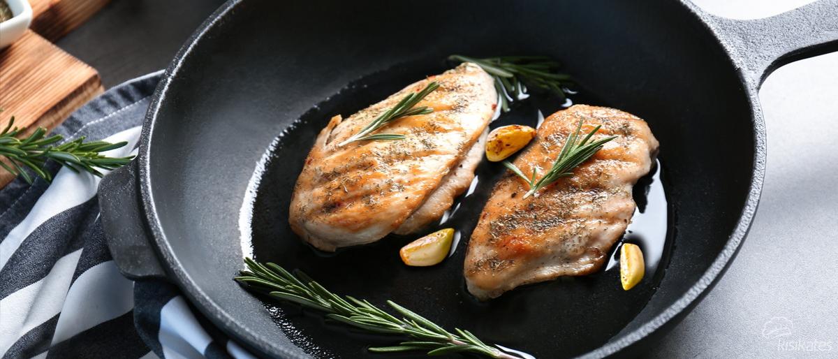 Tavada Tavuk Nasıl Pişirilir ve Tava Sosu Nasıl Yapılır?