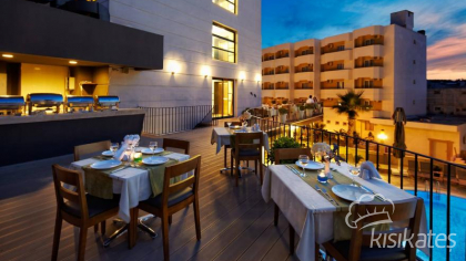 Kariyer Seçiminde Kritik Soru: Restoran mı? Otel mi?