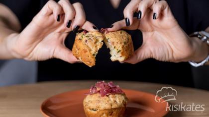 Ekşi Kremalı Tuzlu Muffin